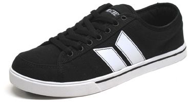 Manchester Sneaker by MacBeth � Black / White